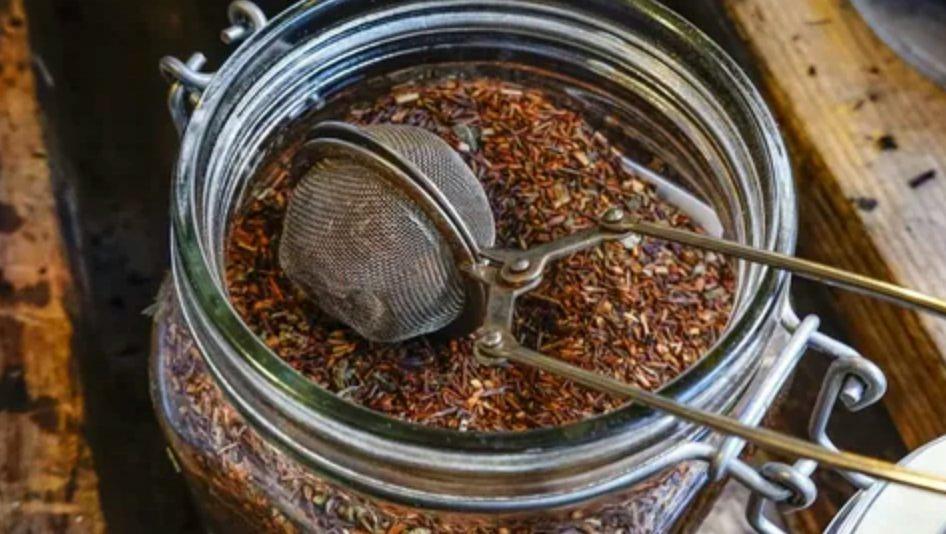 thé rouge en bocale