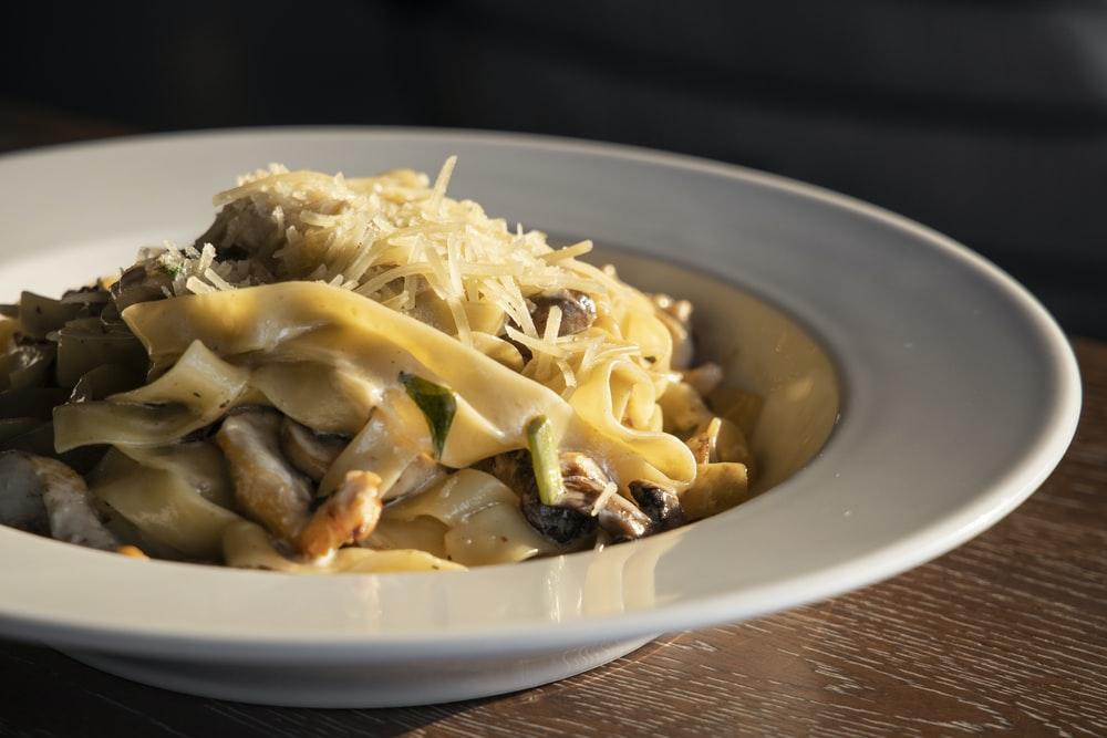 cuisine parmesan et pecorino